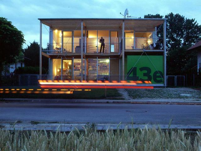 house012_02